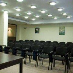 Отель Родопи Отель Болгария, Чепеларе - отзывы, цены и фото номеров - забронировать отель Родопи Отель онлайн помещение для мероприятий фото 2