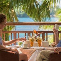 Отель Shandrani Beachcomber Resort & Spa All Inclusive Кюрпип питание фото 3