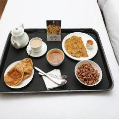 Отель OYO 37027 Bloo Resort Гоа в номере