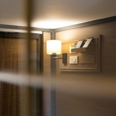 Warm Window Silom - Hostel Бангкок интерьер отеля фото 3
