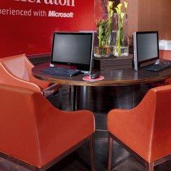 Отель Sheraton Munich Arabellapark Hotel Германия, Мюнхен - отзывы, цены и фото номеров - забронировать отель Sheraton Munich Arabellapark Hotel онлайн интерьер отеля