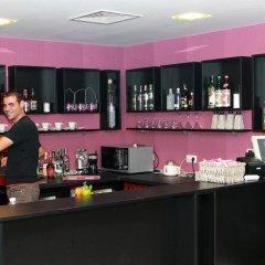Hotel Mizia Шумен гостиничный бар