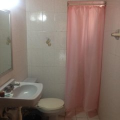 Отель Gallo Rubio Мексика, Гвадалахара - отзывы, цены и фото номеров - забронировать отель Gallo Rubio онлайн ванная