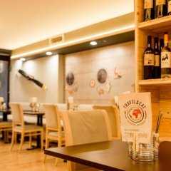 Отель Sunotel Junior Барселона гостиничный бар