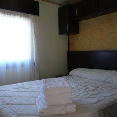Hotel Camping Bielsa комната для гостей