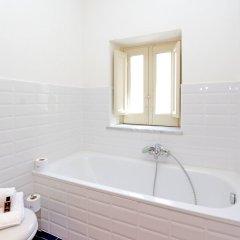 Отель Palazzo Mazzarino - My Extra Home Италия, Палермо - отзывы, цены и фото номеров - забронировать отель Palazzo Mazzarino - My Extra Home онлайн ванная