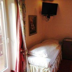 Hotel Aquila Nera - Schwarzer Adler Випитено комната для гостей фото 2