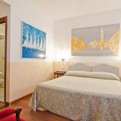 Отель Fenice Apartments in Venice Италия, Венеция - отзывы, цены и фото номеров - забронировать отель Fenice Apartments in Venice онлайн комната для гостей фото 3