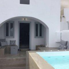 Отель 3 Caves Villa by Caldera Houses Греция, Остров Санторини - отзывы, цены и фото номеров - забронировать отель 3 Caves Villa by Caldera Houses онлайн бассейн