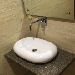 Отель Vanson Villa Индия, Нью-Дели - отзывы, цены и фото номеров - забронировать отель Vanson Villa онлайн ванная