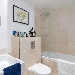 Отель 1 Bedroom for 2 Guests in Marvellous Notting Hill Великобритания, Лондон - отзывы, цены и фото номеров - забронировать отель 1 Bedroom for 2 Guests in Marvellous Notting Hill онлайн ванная