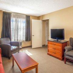Отель Ramada by Wyndham Chatsworth США, Лос-Анджелес - отзывы, цены и фото номеров - забронировать отель Ramada by Wyndham Chatsworth онлайн комната для гостей фото 3