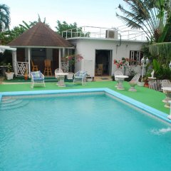 Отель Hunter's Rest Villa бассейн фото 2