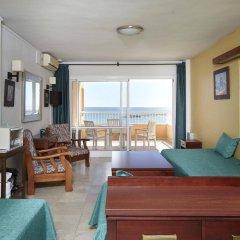 Отель Apartamentos Jabega Испания, Фуэнхирола - отзывы, цены и фото номеров - забронировать отель Apartamentos Jabega онлайн комната для гостей фото 2