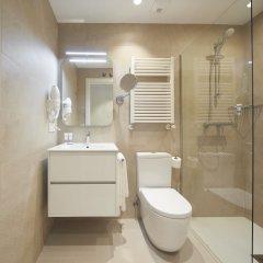 Отель Hondarribia Suites Испания, Фуэнтеррабиа - отзывы, цены и фото номеров - забронировать отель Hondarribia Suites онлайн ванная фото 2