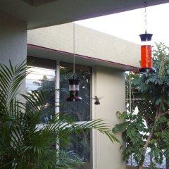Отель Dickinson Guest House банкомат