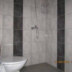 Отель Energy Guest House Болгария, Боженци - отзывы, цены и фото номеров - забронировать отель Energy Guest House онлайн ванная