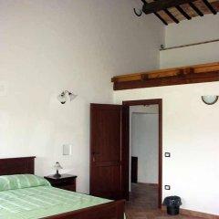 Отель La Locanda Del Musone Кастельфидардо сейф в номере