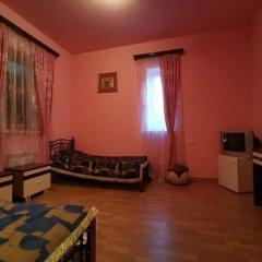 Отель Гостевой дом Kecharetsi Армения, Цахкадзор - отзывы, цены и фото номеров - забронировать отель Гостевой дом Kecharetsi онлайн комната для гостей фото 3