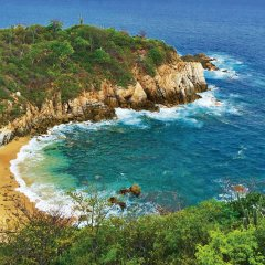 Отель Isla Natura Beach Huatulco пляж