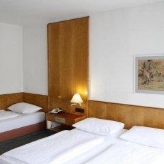 Hotel Ekazent Schönbrunn Вена комната для гостей фото 4