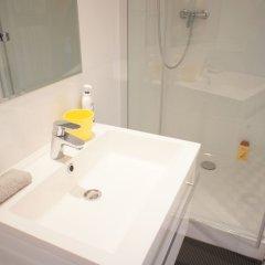 Отель Studio Vieux Nice calme & climatisé Франция, Ницца - отзывы, цены и фото номеров - забронировать отель Studio Vieux Nice calme & climatisé онлайн ванная