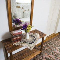 Отель Afet Hanim Konagi Чешме в номере