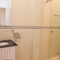 Отель Ngo House 2 Villa Хойан ванная