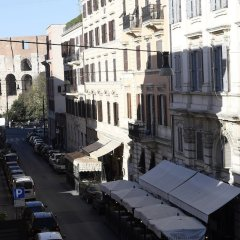 Отель APPARTAMENTO SANTI QUATTRO 1 e 2 - COLOSSEO балкон