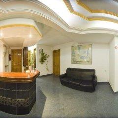 Отель Hostal Adelino интерьер отеля фото 3