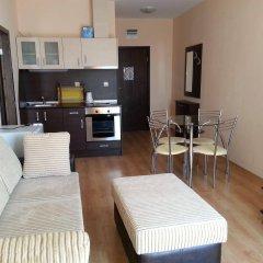Апартаменты Menada Luxor Apartments комната для гостей