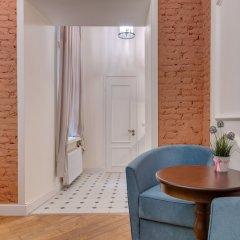 Гостиница ColorSpb ApartHotel Consular House в Санкт-Петербурге отзывы, цены и фото номеров - забронировать гостиницу ColorSpb ApartHotel Consular House онлайн Санкт-Петербург комната для гостей фото 5