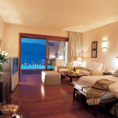 Отель Grand Resort Lagonissi комната для гостей фото 3