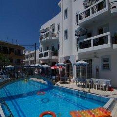 Отель Sevi Sun Apartments I Греция, Кос - отзывы, цены и фото номеров - забронировать отель Sevi Sun Apartments I онлайн бассейн