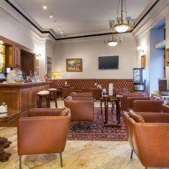 Hotel Capitol гостиничный бар