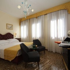 Отель Pensione Accademia - Villa Maravege Италия, Венеция - отзывы, цены и фото номеров - забронировать отель Pensione Accademia - Villa Maravege онлайн комната для гостей фото 3