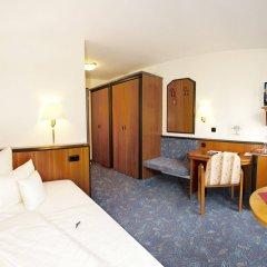 Advantage Hotel комната для гостей