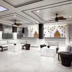 Отель Chanalai Flora Resort, Kata Beach интерьер отеля