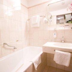 Отель Theaterhotel Wien ванная фото 2