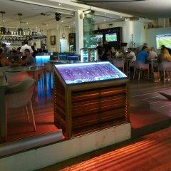 Отель Melpo Antia Suites гостиничный бар