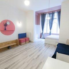 Отель Colorful Ernesto II комната для гостей фото 2