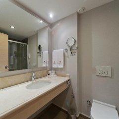 Отель Ramada Resort Bodrum ванная фото 2
