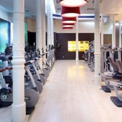 Отель ME Madrid Reina Victoria Мадрид фитнесс-зал
