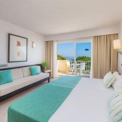 Отель Blau Punta Reina Resort комната для гостей фото 4