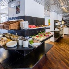 Отель Good Morning + Copenhagen Star Hotel Дания, Копенгаген - 6 отзывов об отеле, цены и фото номеров - забронировать отель Good Morning + Copenhagen Star Hotel онлайн питание