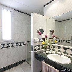 Отель NH Collection Madrid Gran Vía Испания, Мадрид - 1 отзыв об отеле, цены и фото номеров - забронировать отель NH Collection Madrid Gran Vía онлайн ванная