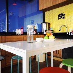 FIN Hostel Phuket Kata Beach гостиничный бар