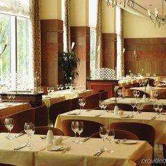 Отель NH Collection Köln Mediapark Германия, Кёльн - 3 отзыва об отеле, цены и фото номеров - забронировать отель NH Collection Köln Mediapark онлайн питание фото 2