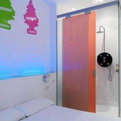 Отель Chic & Basic Tallers Барселона комната для гостей фото 4