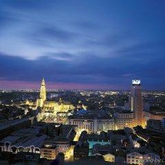 Отель Holiday Inn Express Antwerp City-North балкон